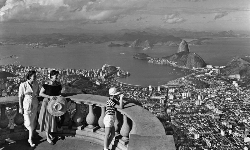 blick_auf_rio_de_janeiro_vermutlich_aus_der_christus-statue_in_corcovado_1948_0.jpg
