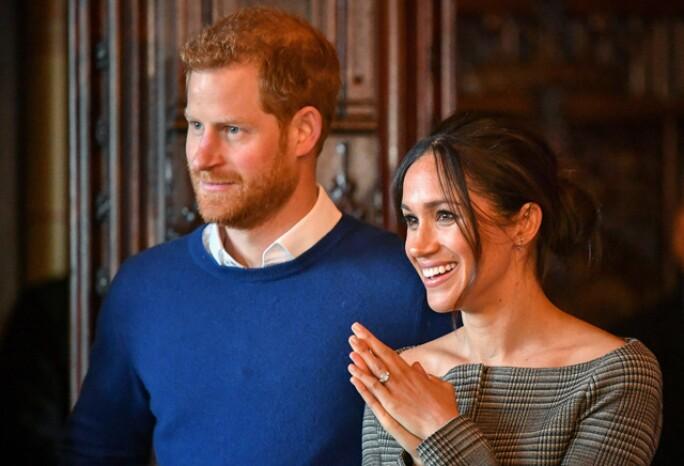 royal-wedding-hub-3.jpg