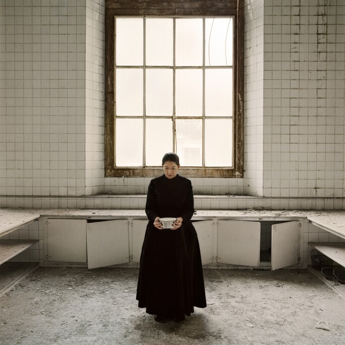 marina-abramovic-the-kitchen-v-holding-the-milk.jpg