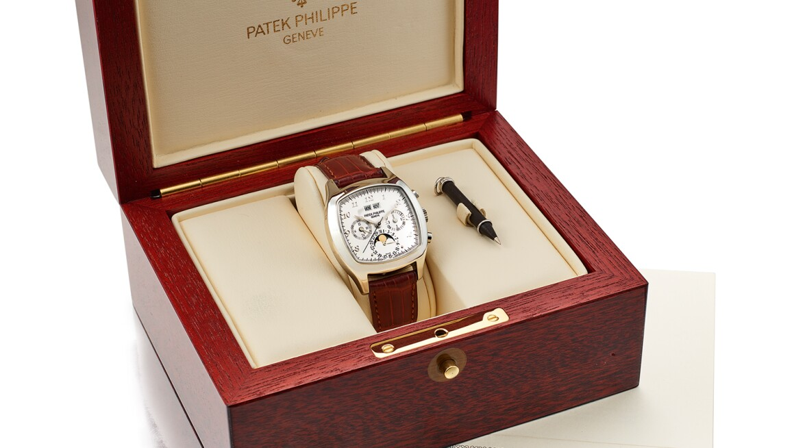 PP3-Patek-Philippe-Early,-Fine-and-Very-Rare-Platinum-Perpetual-Calendar-Chronograph-Wristwatch-with-Moonphases-and-Breguet-Numerals.jpg