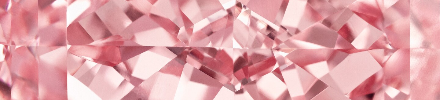 pink diamond that was sold in an auction selling pink diamond rings