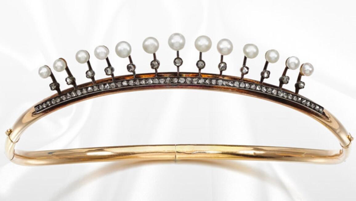 pearls-birthstones-2018-recirc.jpg