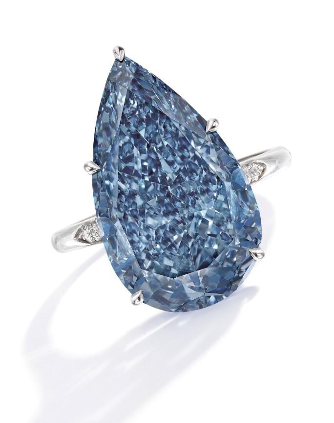 n09951-larger-than-life-diamonds-blue.jpg