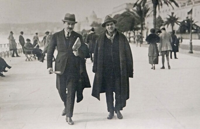 Modigliani and Paul Guillaume Promenade des Anglais, Nice