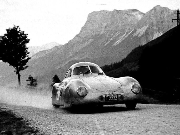 1939-porsche-Type64.jpg