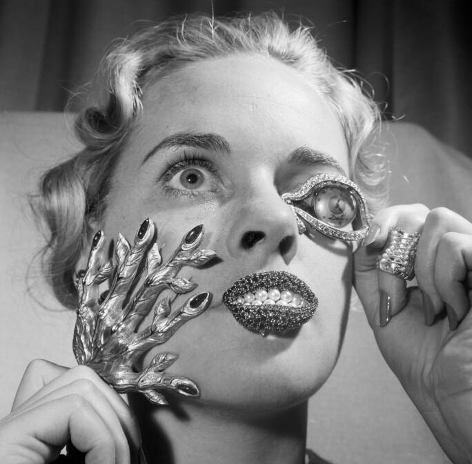 Model Madelle Hegeler wearing Dalí's jewels.