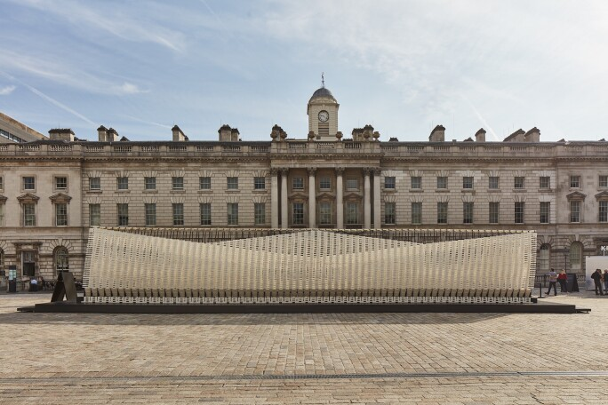 ANIPAKOI, a kinetic installation installed in the Somerset House courtyard that expands and contracts as individuals walk through it.