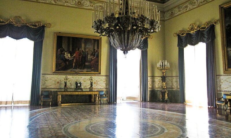 Mus_Capodimonte_Interior_Naples.jpg