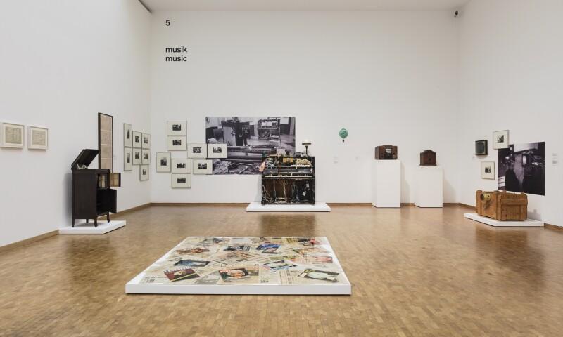 Installation view  art into life! The collector Wolfgang Hahn and the 60s Museum Ludwig, Cologne 2017  Photo- Rheinisches Bildarchiv Köln, Britta Schlier.jpg