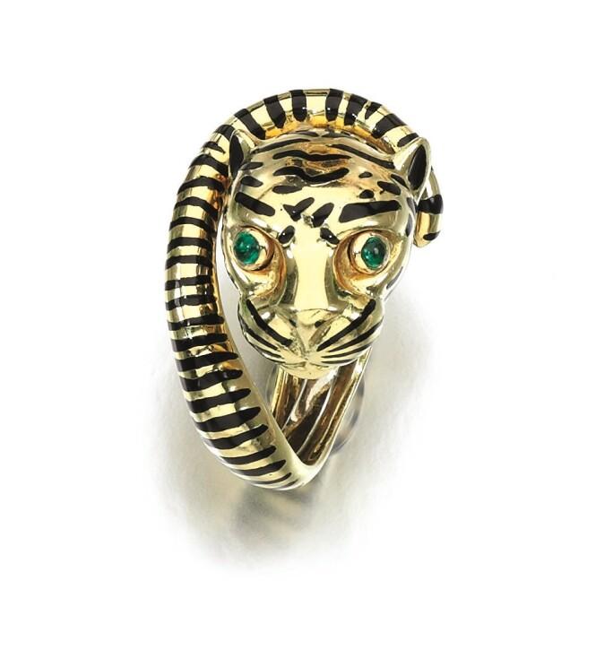 David-Webb-emerald-enamel-Tiger-ring.jpg