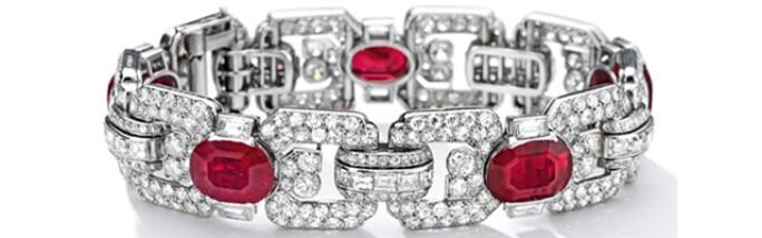 hkgallery-jewels-con.jpg
