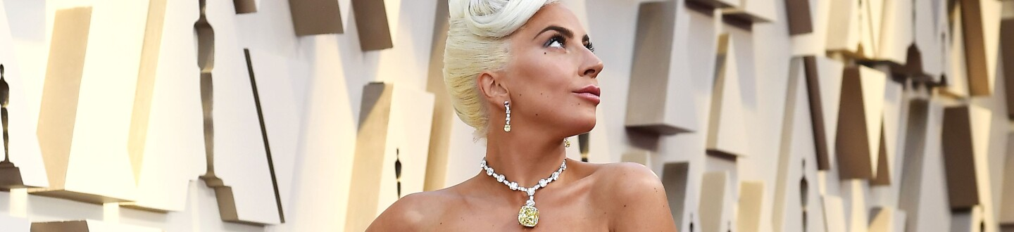 3be0b59c1 Oscars 2019 Jewelry : What Lady Gaga, Charlize Theron and More Wore ...