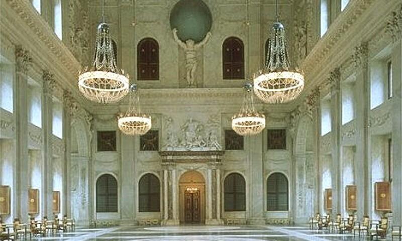 Royal Palace, Interior