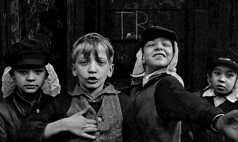 Helen Levitt_Four Boys
