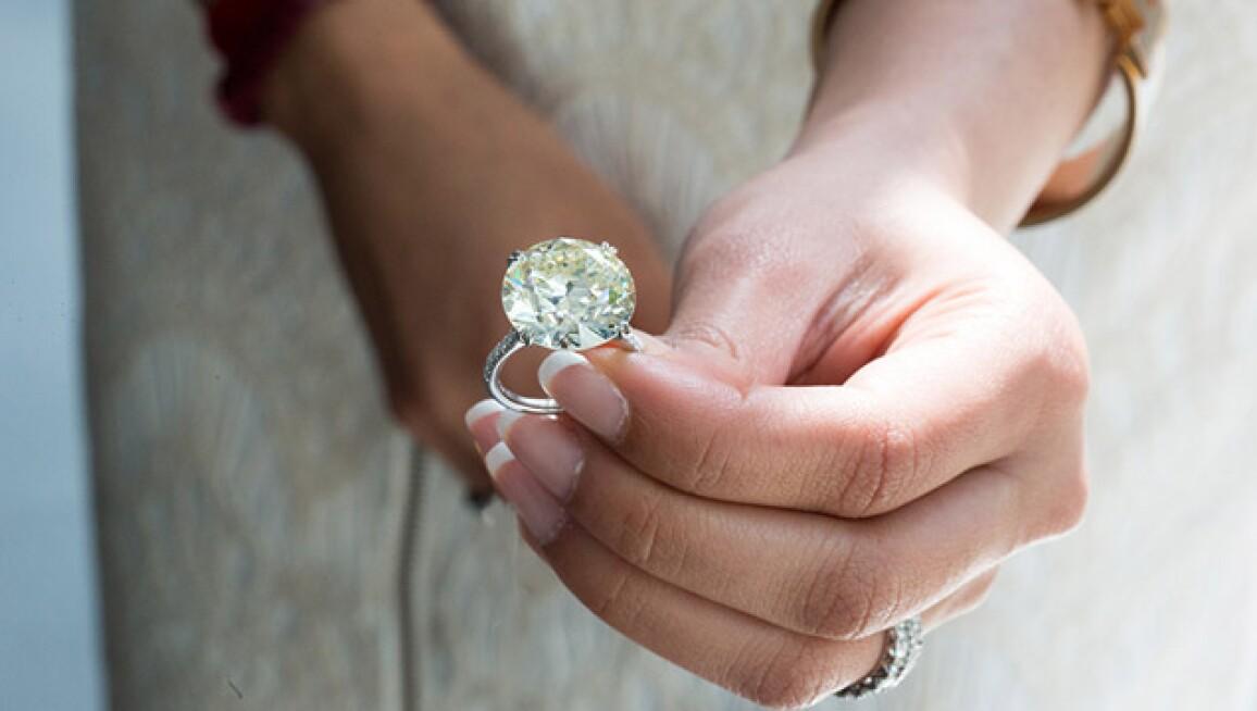 dubai-jewels-recirc.jpg