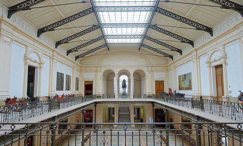 Cinquantenaire_Museum_-_Brussels,_Belgium_-_DSC08856.jpg