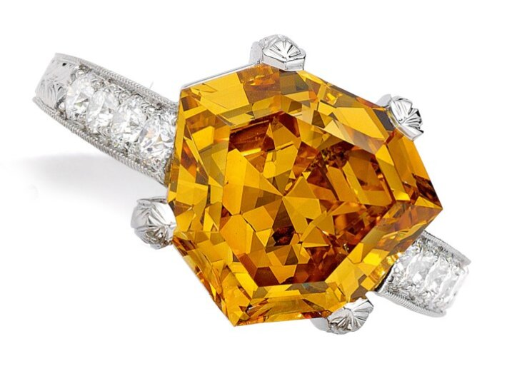 yellow diamond ring in an auction selling yellow diamonds