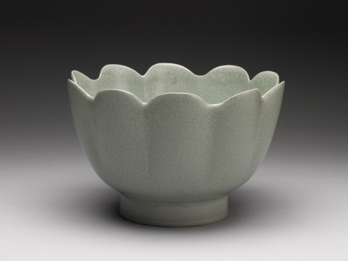 Celadon warming bowl in shape of a lotus blossom, Northern Song
