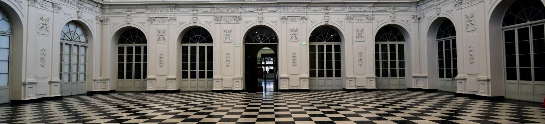 Museum_of_Art_of_Lima,_Peru.jpg
