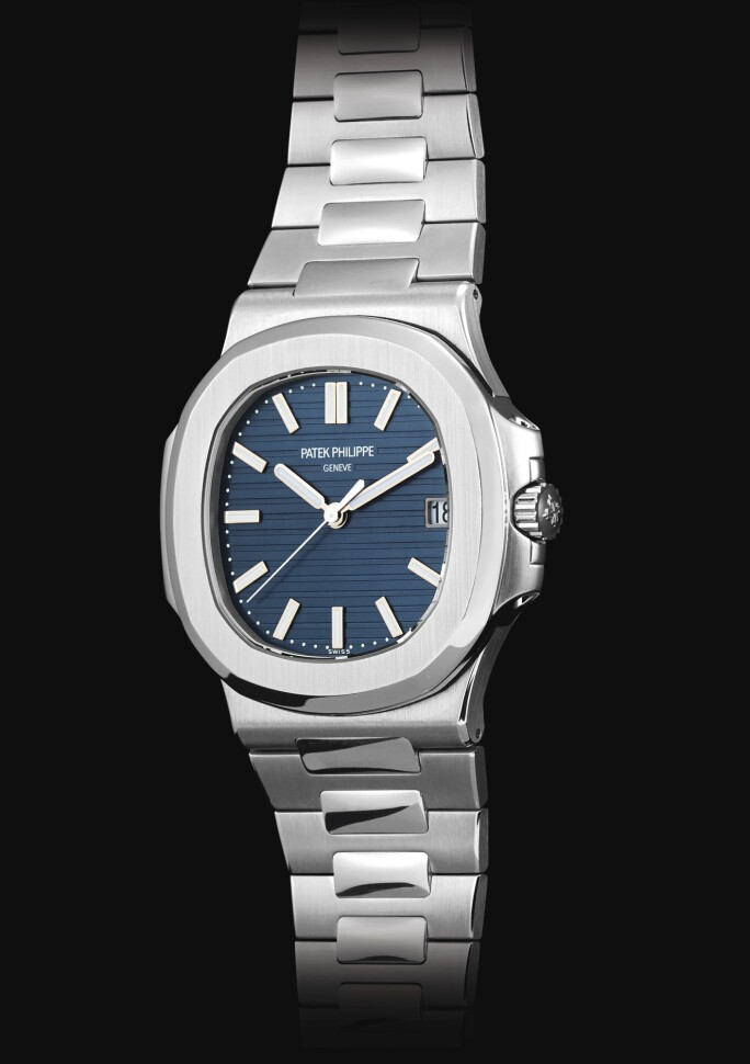 Patek Philippe, Nautilus, Reference 5711P, A Fine and Rare Platinum Bracelet Watch with Date and Blue Jeans Dial, circa 2014.