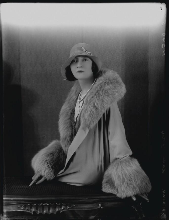 Minoru, Lady Foley.jpg