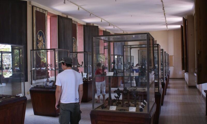 Natl_Museum_Cambodia_Interior_PhnomPenh.jpg