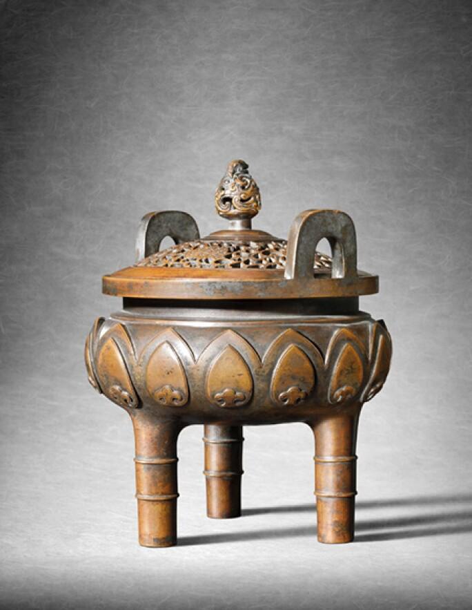 incense-burner-water-stone-retreat.jpg
