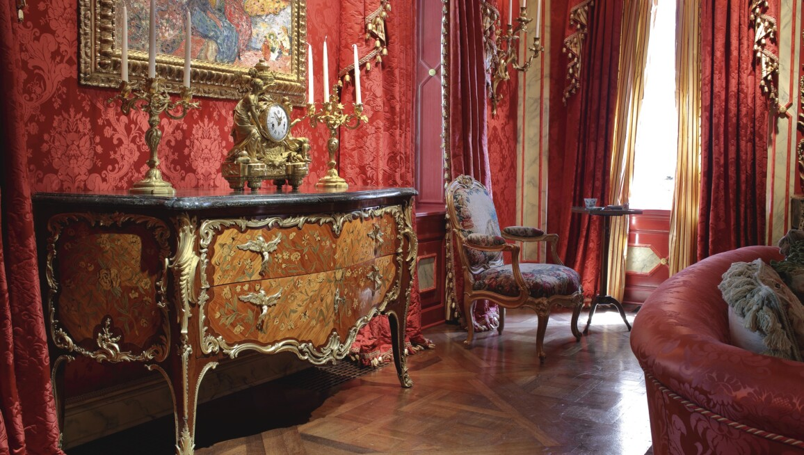 Dior and His Decorators Author Maureen Footer Selects Her Favorite French  Furniture - How To Sell Your Antique Furniture With Sotheby's