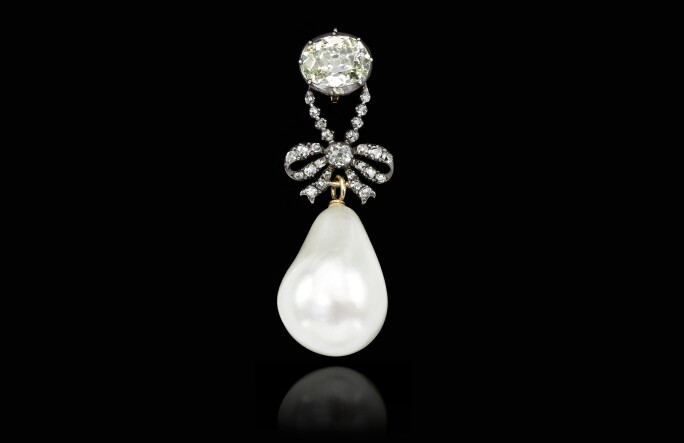 bourbon-parma-highly-important-natural-pearl-and-diamond-pendant.jpg