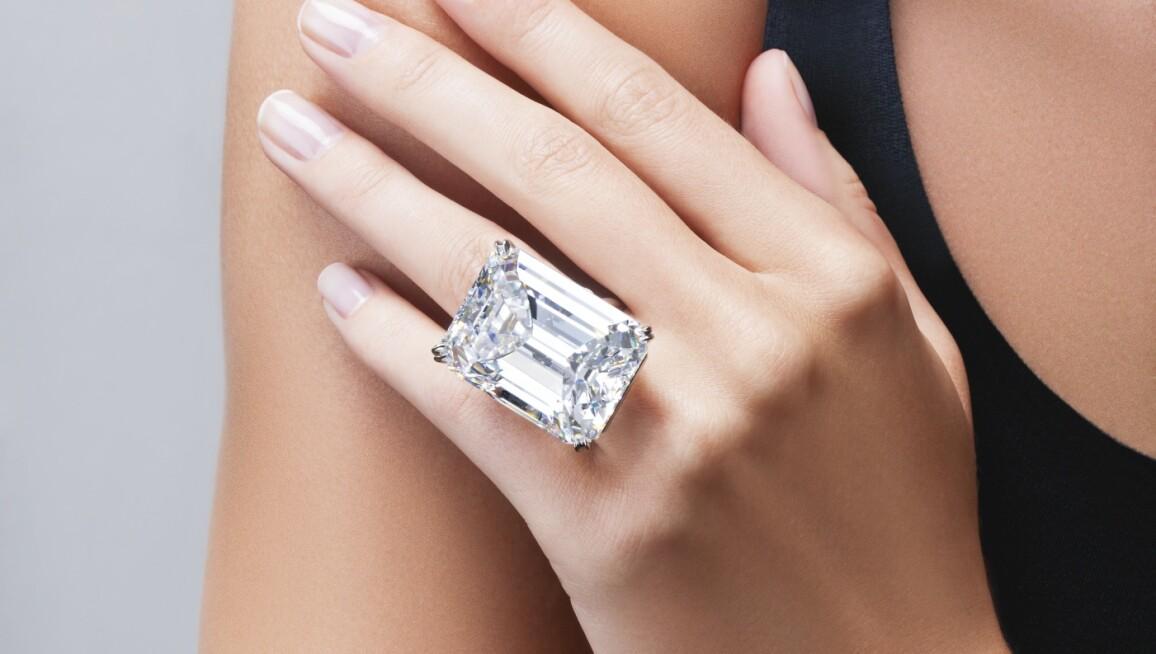 100-carat-emerald-cut-diamond.jpg