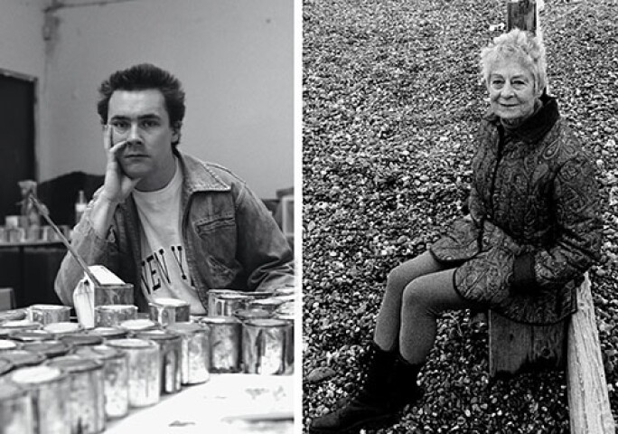 MARGARET MELLIS ARTIST ON SOUTHWOLD BEACH SUFFOLK ENGLAND