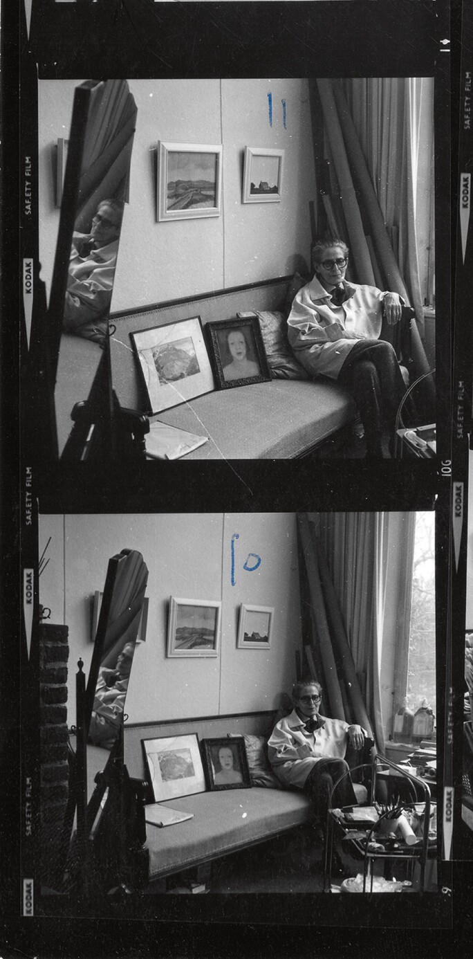 Gluck at The Fine Art Society, on the occasion of the 1973 show at the Society. Copyright: FAS Picture Library