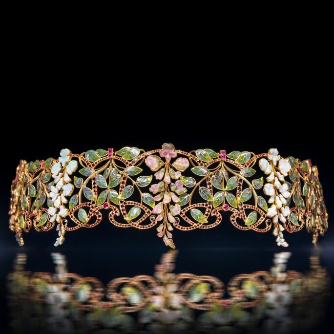 Philippe Wolfers, (Brussels, 1858-1929), Art Nouveau 'Glycines' choker, Brussels, circa 1901-1902.