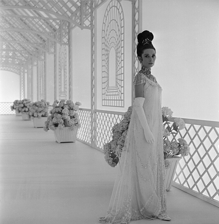 Audrey-Hepburn-My-Fair-Lady.jpg