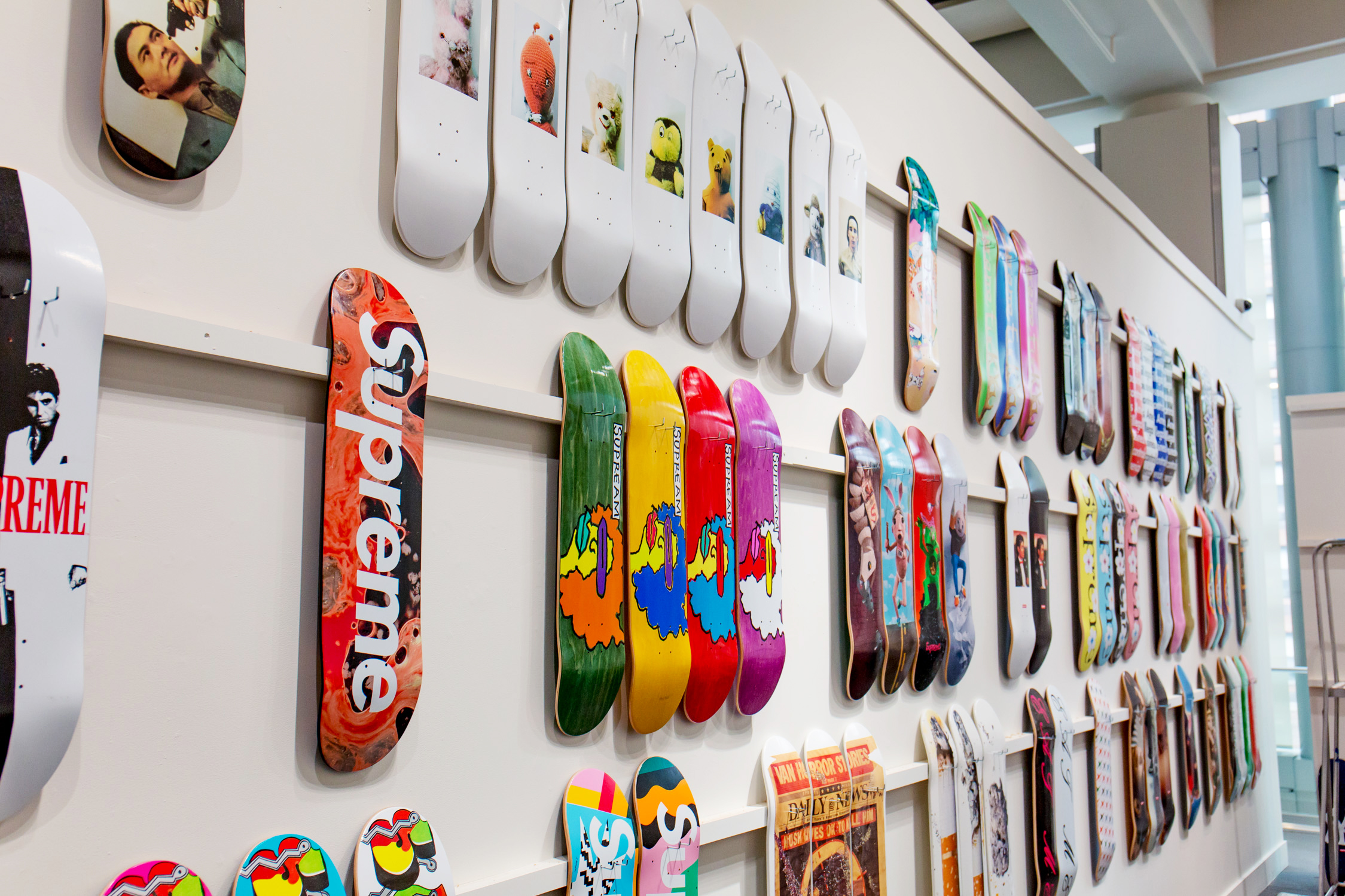 Supreme Skateboards  6ddfe9d2a16